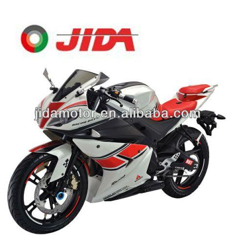 R15 JD250S