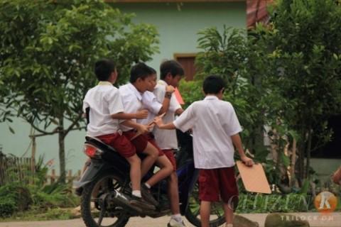 salah anak naik motor ber4