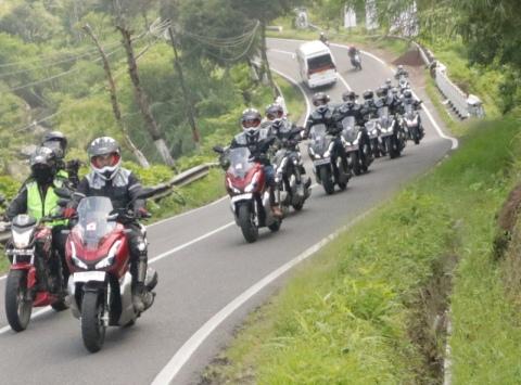 touring adv diang iwf2-motogokil